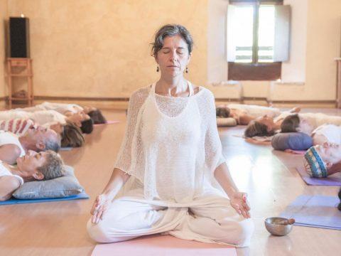 Akaljoti Yoga