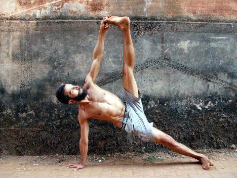 Marco Aicardi yoga asana